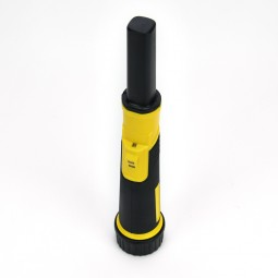 Nokta Makro PulseDive 2-in-1 Scuba Detector and Pinpointer on white background
