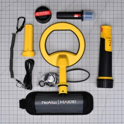 Nokta Makro PulseDive 2-in-1 Scuba Detector and Pinpointer components on one inch grid