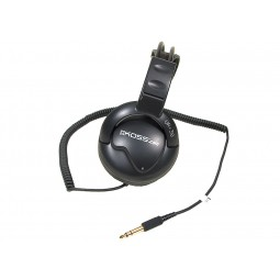Closeup of headphones that come with Minelab GPX 5000 Metal Detector