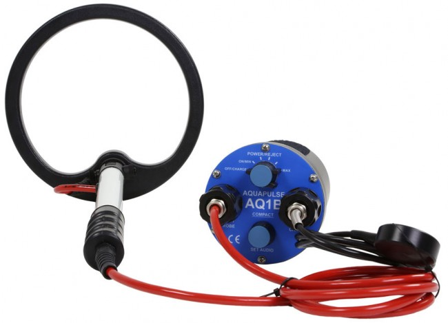 "Aquascan Aquapulse AQ1B Standard Diver Kit with 8"" Submersible Coil AQ1020 Image 1"
