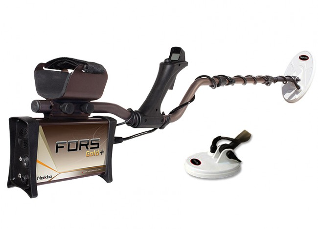 """Nokta Makro FORS Gold+ Metal Detector shown with with 10x5.5"""" DD & 5.2x4.7"""" DD Waterproof Search Coils"""
