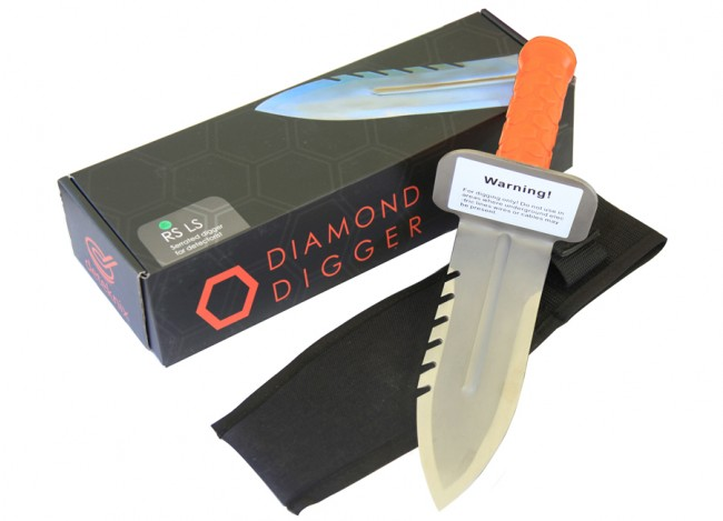 Diamond Digger (Right Side Serrated Edge)