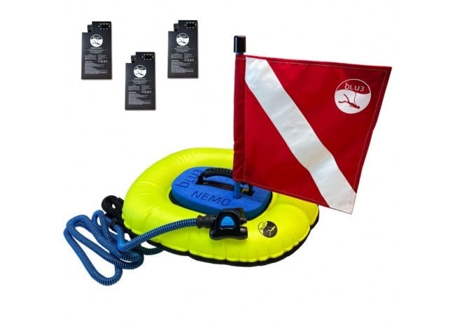 A view of the BLU3 Nemo diving apparatus with Red and White Flag on White Background with Three Batteries in Upper Left Corner