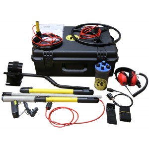 "Aquascan Aquapulse AQ1B Metal Detector Professional Kit with 15"" Submersible Coil"