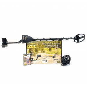 """Image of Garrett AT Gold Metal Detector with Waterproof 5"""" x 8"""" DD Search Coil"""