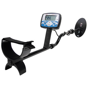 Minelab X-Terra 705 Gold Pack Metal Detector in full view from Kellyco Metal Detectors