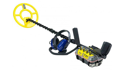 White's TDI BeachHunter Extreme Metal Detector as example underwater metal detector from Kellyco Metal Detectors