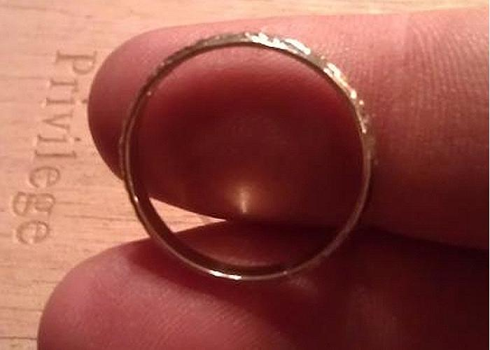 after-11-years-i-finally-found-a-silver-ring-1
