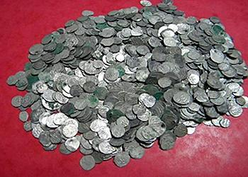 hoards-of-medieval-silver-coins-2
