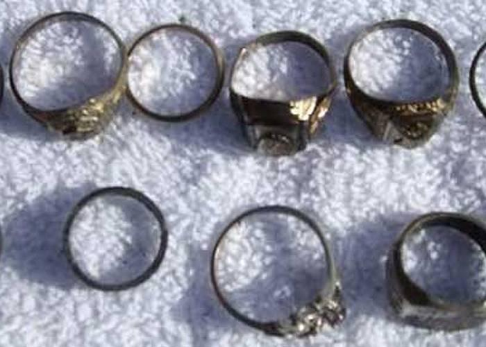fisher-metal-detector-finds-rings-coins-and-more-2