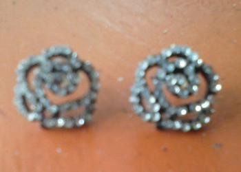 coinmaster-gt-finds-a-pair-of-earring-at-the-beach-1