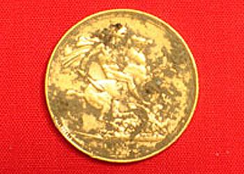 ctx-3030-finds-a-gold-sovereign-1